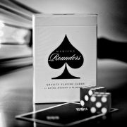 rounders-madison-black-playing-cards-ellusionist-1